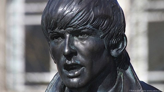 The Beatles Statues - George