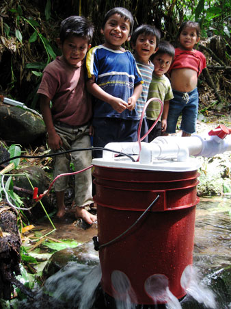 Pico-hydroelectric system in a 5-gallon bucket