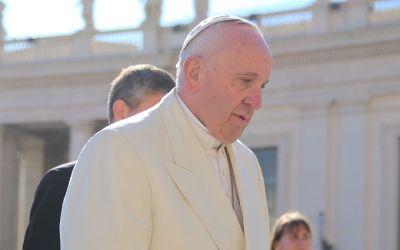 """La Croix : """"Le pape demande à 400 grands patrons de mettre l'économie au service de la personne le samedi 3 décembre lors du Forum mondial organisé par les magazines américains Fortune et Time"""""""