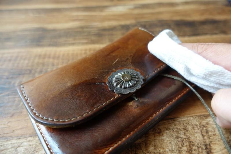 ゴローズの財布のメンテナンス