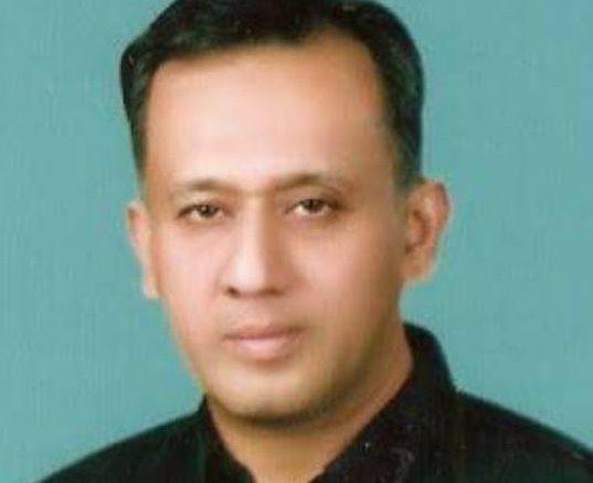 Farooq Ahmed aik Rozan writer
