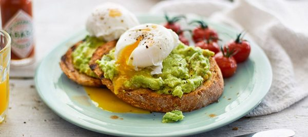 Smashed-avocado-chili-toast