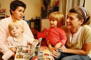 couple-de-lesbiennes-avec-enfants