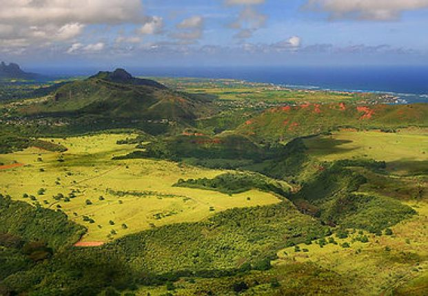 View of Kauai mountains and Pacific Ocean