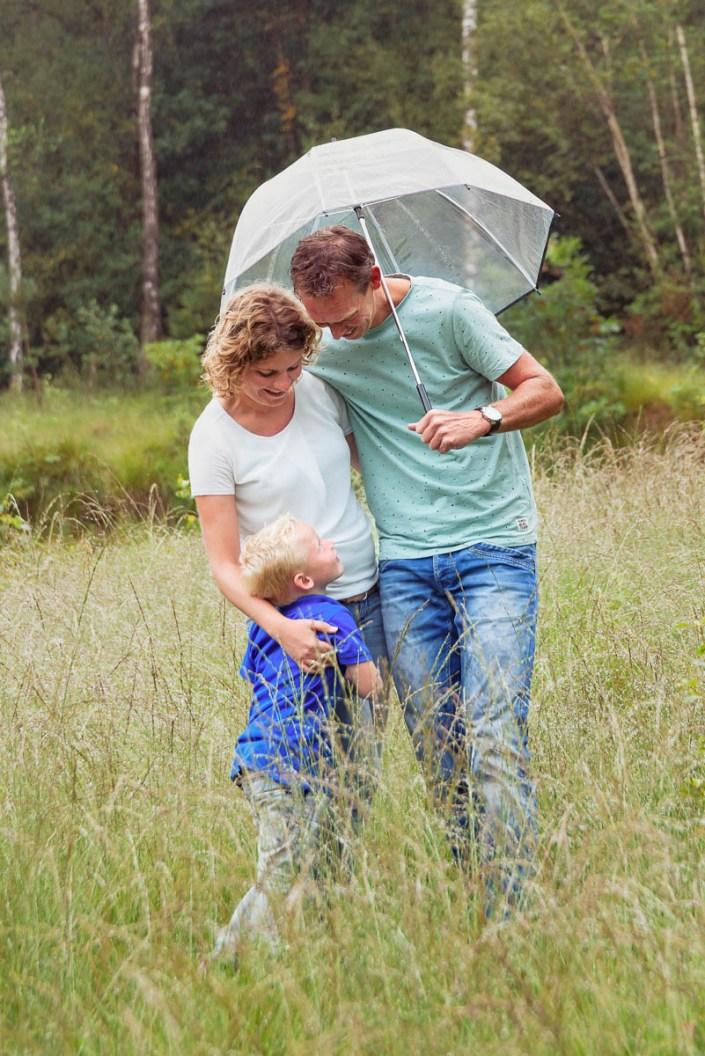 aim-aimfoto-aimfotografie-gewooneendag-lifestyle-familie-liefde-gezin-fotografie-reportage-portret-fotograaf-laren-deventer-lochem-adaritzer-aimfoto