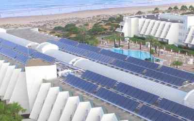 Panel Solar Híbrido: una tecnología para reducir las emisiones en la industria