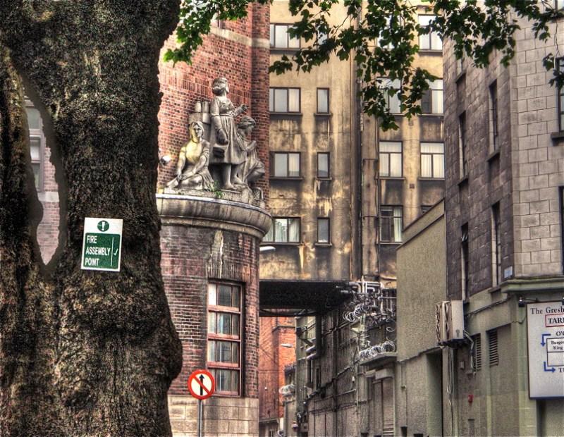 DublinekoKaleak_tonemapped