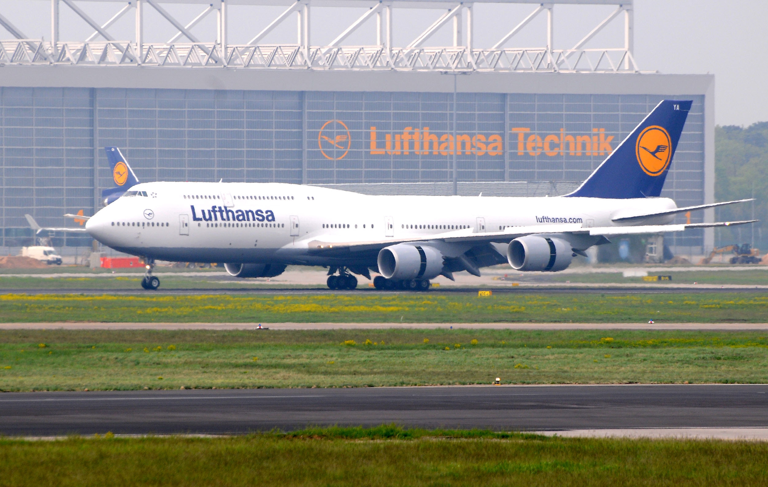 Boeing To Meet 747 8 Guarantees In A Year Or Two News