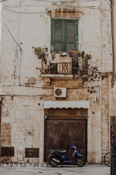 Bari on a Budget, Travel blog Ainsley ds