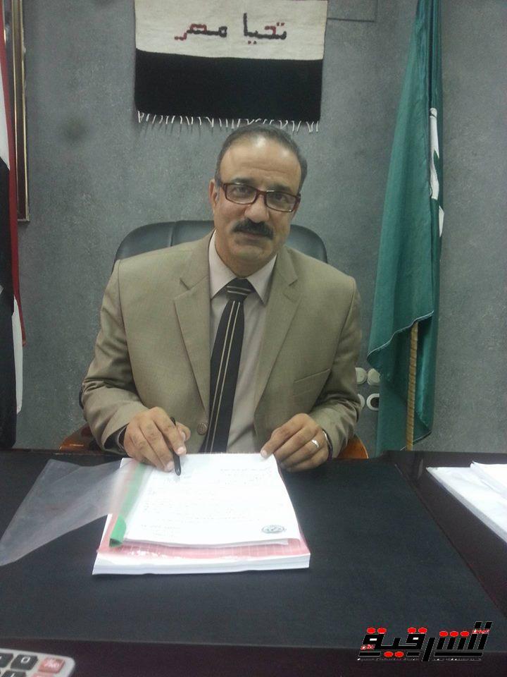 وكيل وزارة التربية والتعليم يحيل مسئولي اللغة الإنجليزية بأبوحماد للتحقيق