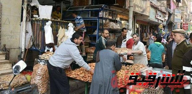 غلق إداري لمحل لبيع المخبوزات بمدينة فاقوس
