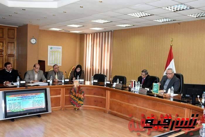محافظ الشرقية يشهد توقيع عقد تشغيل مصنع تدوير الملخلفات البلدية