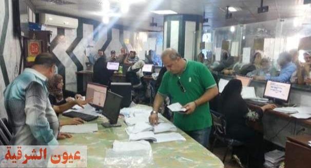 محافظ الشرقية يُوجه بمد ساعات العمل بالمراكز التكنولوجية.. وإستقبال ٦٩ ألف و ٤١٨ طلب للتصالح في مخالفات البناء