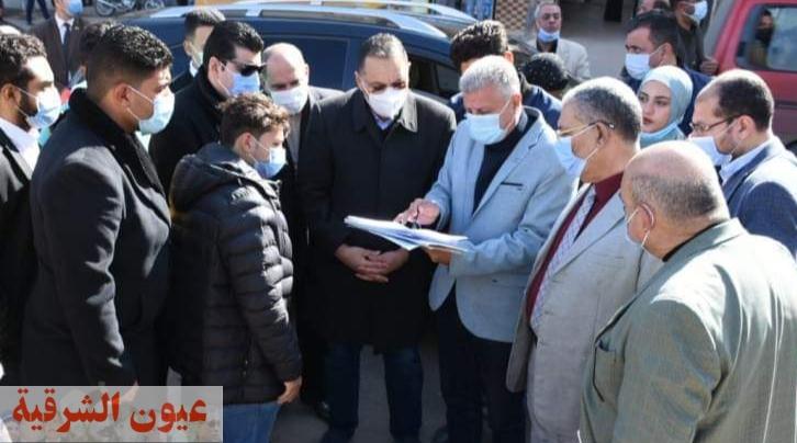 محافظ الشرقية ورئيس مدينة أبوكبير يتفقدان موقع إنشاء كوبري علوي أعلى مزلقان المحلج