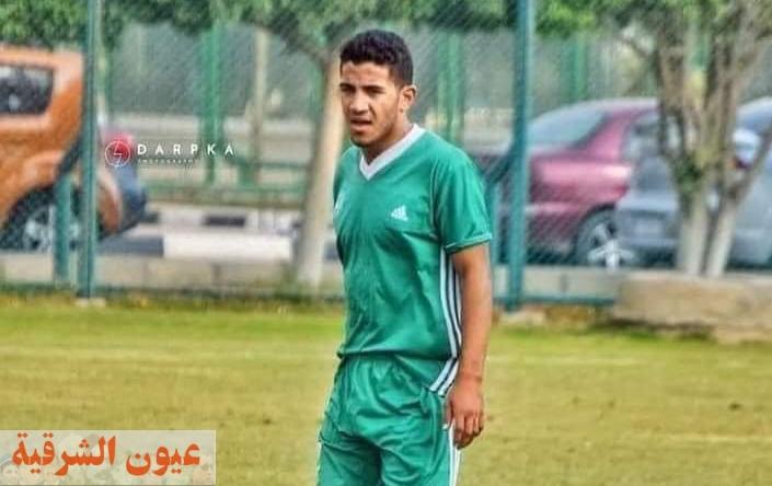 وفاة لاعب مركز شباب القنايات بعد بلع لسانه في مباراة نادي الرواد بالعاشر