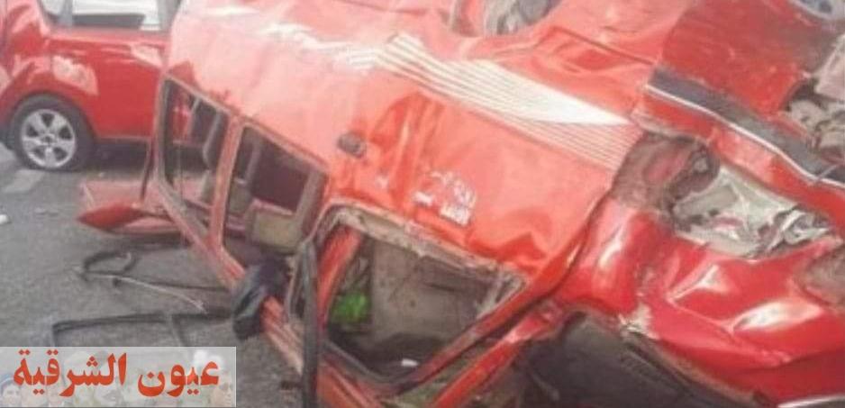 إنقلاب سيارة لنقل عمال المصانع وإصابة 7 أشخاص بالعاشر