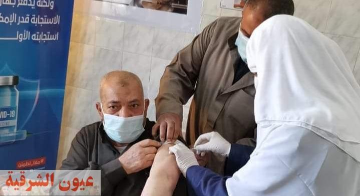 توقيع الكشف الطبي علي مايقارب ١٤٠٠ مريض بالقافلة الطبية بقرية المحمودية بههيا