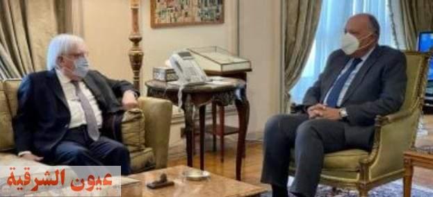 سامح شكرى يؤكد على موقف مصر الداعم للأزمة اليمنية بمساندة الشعب اليمني