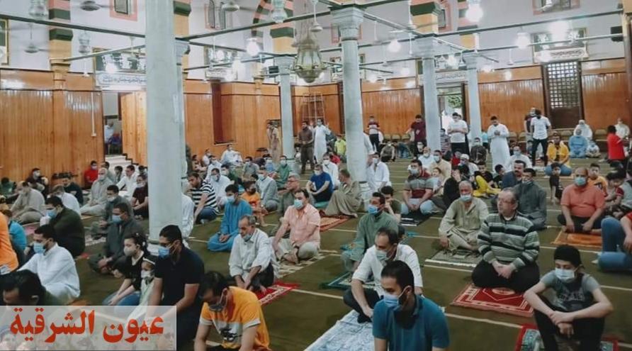 أهالي الشرقية يؤدون صلاة عيد الفطر المبارك وسط إجراءات إحترازية مشددة