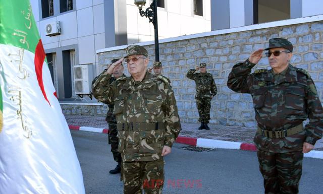 الفريق قايد صالح في زيارة عمل للناحية العسكرية الخامسة بقسنطينة ..