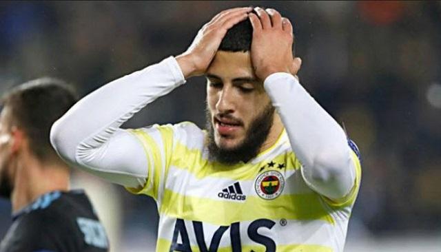 ياسين بن زية يسافر إلى اليونان للإنضمام إلى فريقه الجديد