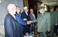الفريق أحمد ڤايد صالح  يشرف على ندوة تاريخية بعنوان: