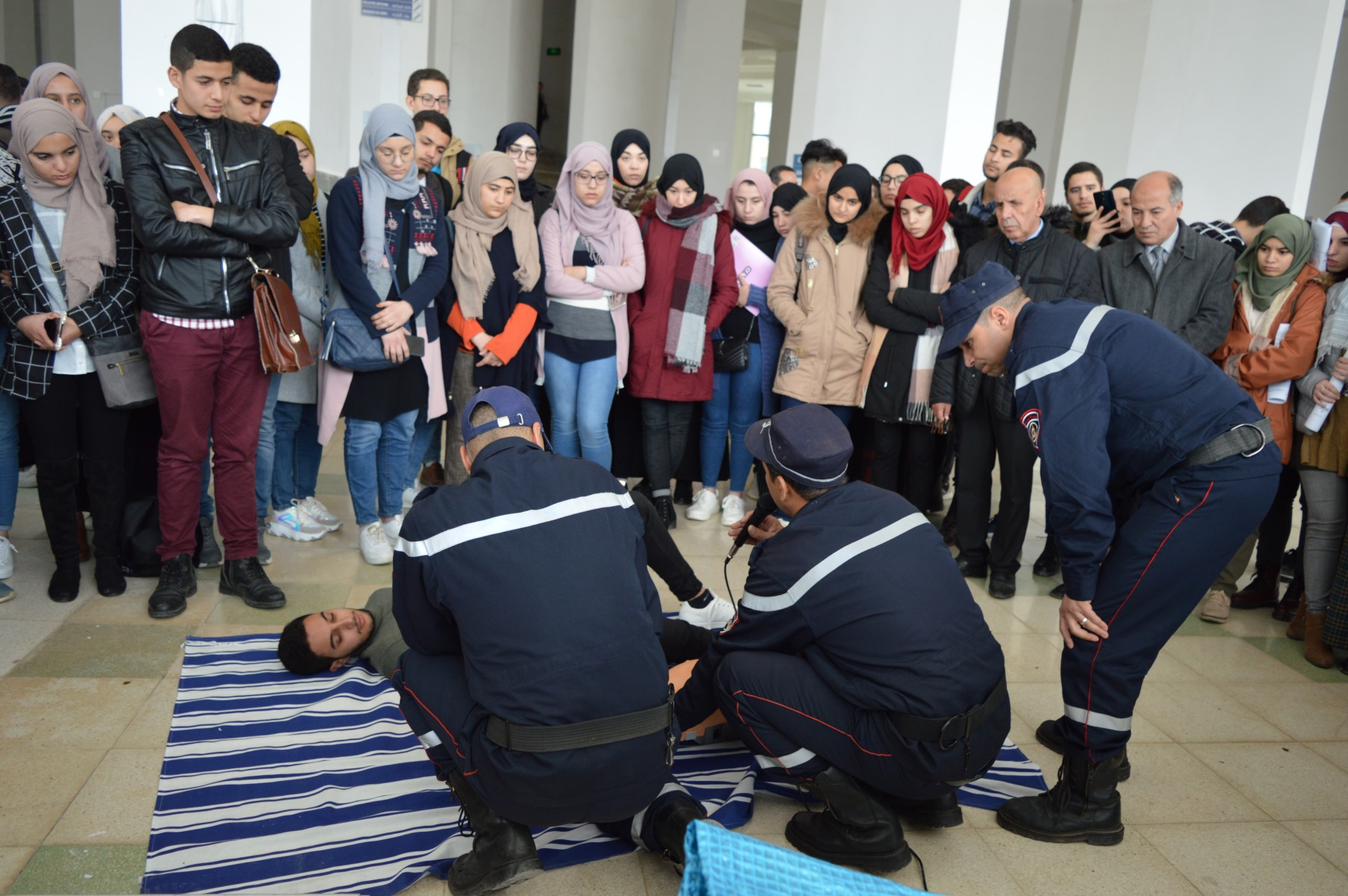 جامعة قسنطينة 3 ..يوم تحسيسي للوقاية من حوادث المرور