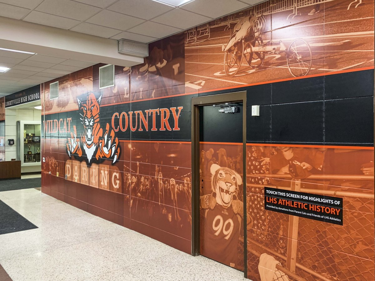 Libertyville Highschool wall mural