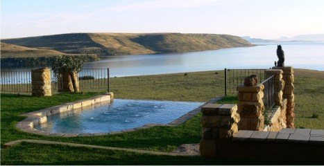 Sterkfontein Dam at Wild Horses Lodge