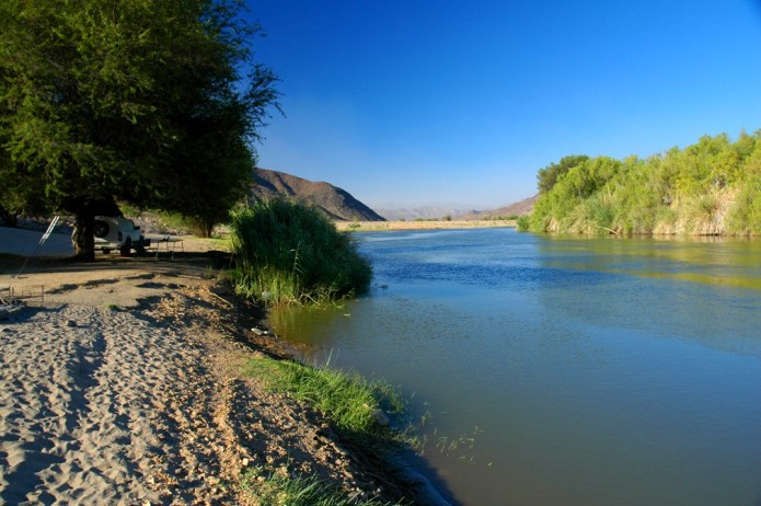 Orange River - Camp site at Gariep River mouth