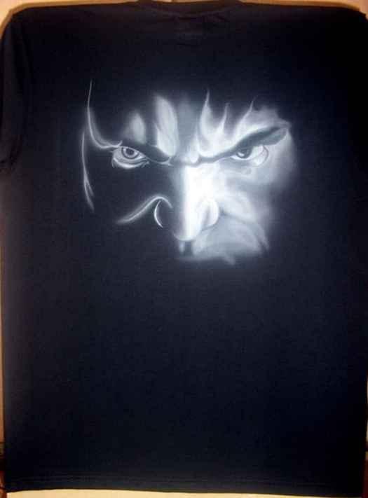 hulk airbrush t shirt 1 - How to Airbrush Black T Shirt (Hulk)