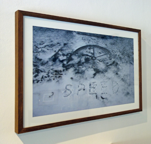 TOMISLAV BRAJNOVIC - SPEED - inscription in snow|foto|digital print - 2009 - Svalbard - 67x44cm - 1/1