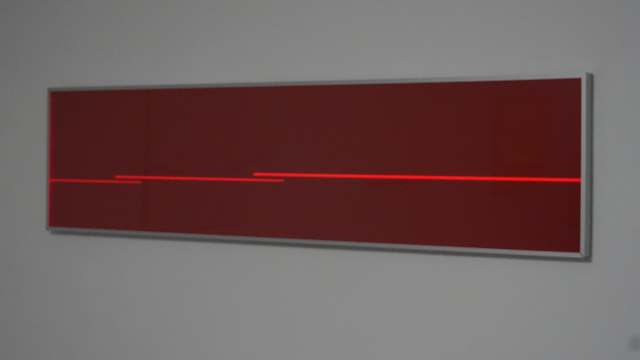 HELLMUT BRUCH - Double progression on the Golden Line - rotes fluoreszierendes acrylglas - 2012 - 34x144x0,3cm