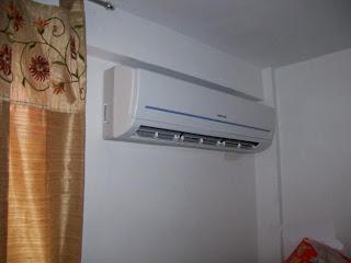 Aire acondicionado split tipo consola bota agua for Consola de tipo industrial