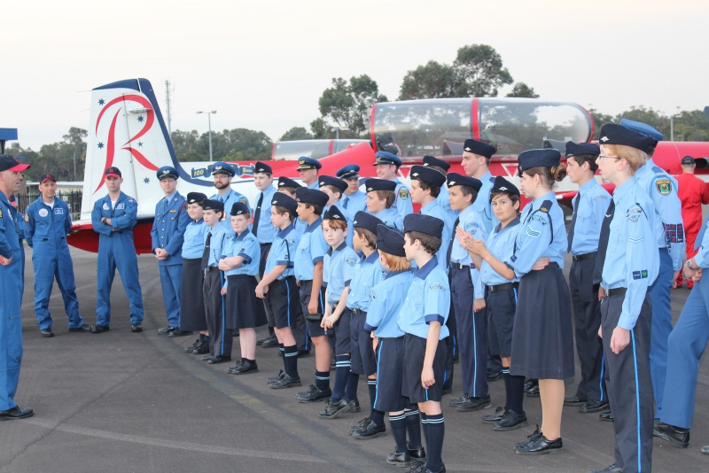 RAAF Roulettes meet the Air League