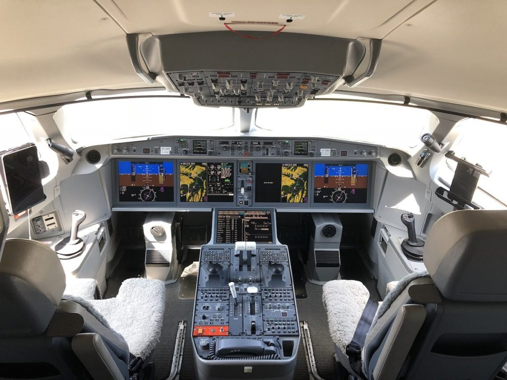 Airbus A220 Cockpit Airline Suppliers