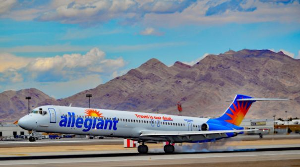 An Allegiant Air McDonnell Douglas MD-83 - Photo: Tomas Del Coro | FlickrCC