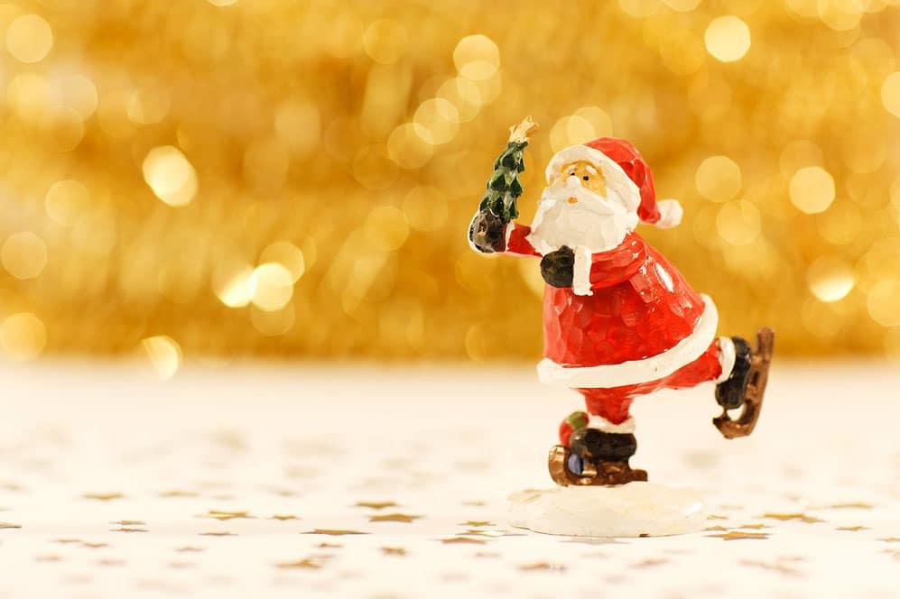 Éclairages pour les fêtes et déco de fin d'année : faites appel aux parents AirNounou
