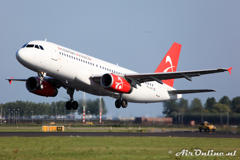 PH-AAY Airbus A320-232 Amsterdam Airlines