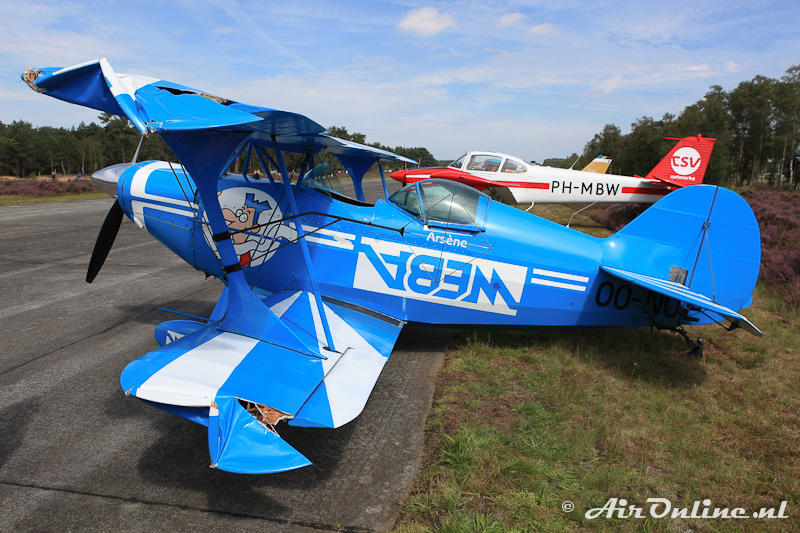 OO-NUE Pitts S-2A Special