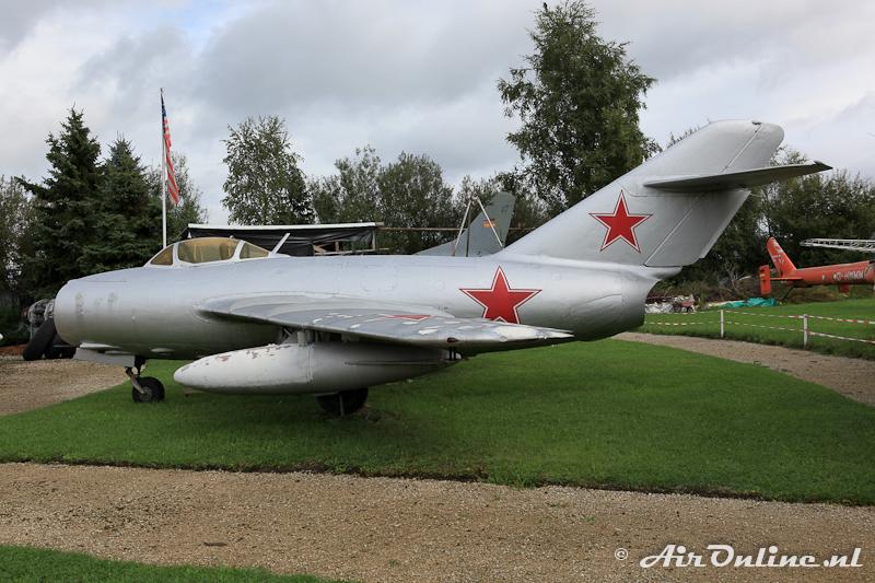 PZL-Mielec Lim-2 (MiG-15bis) (cn 1B01019)