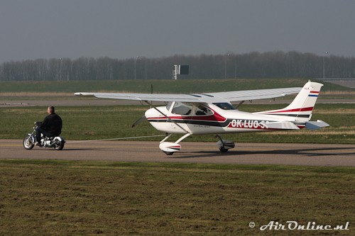 OK-LUO 36 Airlony Skylane
