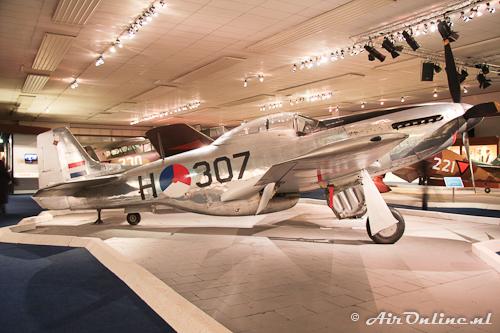 H-307 North American P-51D/P-51K Mustang (Soesterberg, 3 april 2011)