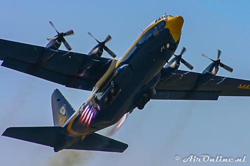164763 Lockheed Hercules C-130T Blue Angels
