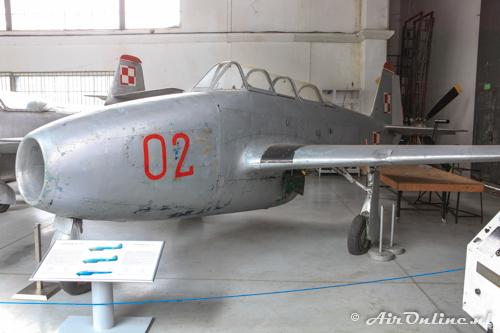 02 Yakovlev Yak-17UTI Polish AF
