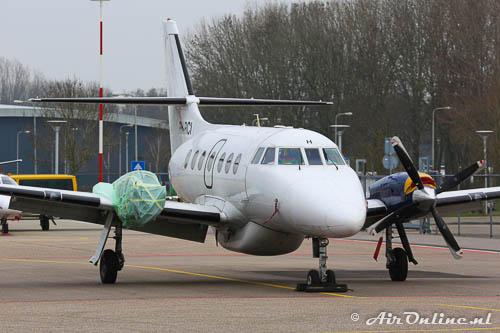 PH-RCI BAe Jetstream Series 3200 met een H midden boven de cockpit en zonder rechter propeller