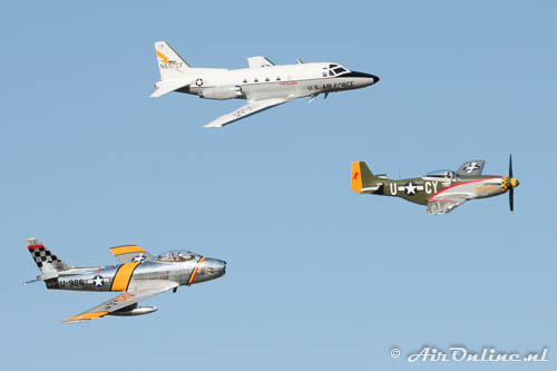 Cat. Warbirds; Formation Sabre and Mustang