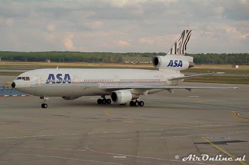Een oude KLM DC-10 PH-DTL McDonnell Douglas DC-10-30 in dienst van ASA (Frankfurt 1993)