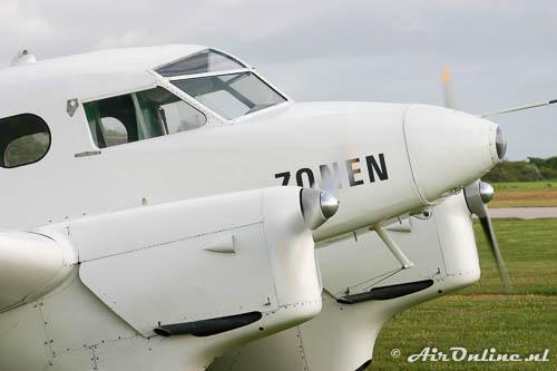 OY-DIZ SAI KZ IV met draaiende motoren, zonder piloten aan boord!