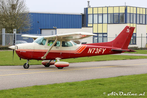N73FY Cessna 172P Skyhawk gebaseerd op Drachten